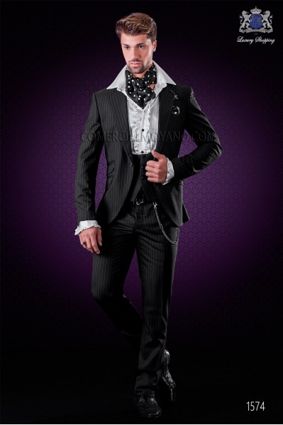 "Italian fashion suit with modern cut ""Slim"" peak lapels and one button."