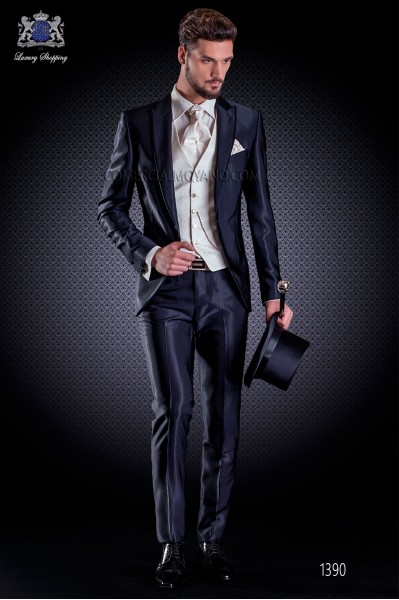 Italian wedding suit Slim stylish cut, made from 'New Performance' faille in navy blue
