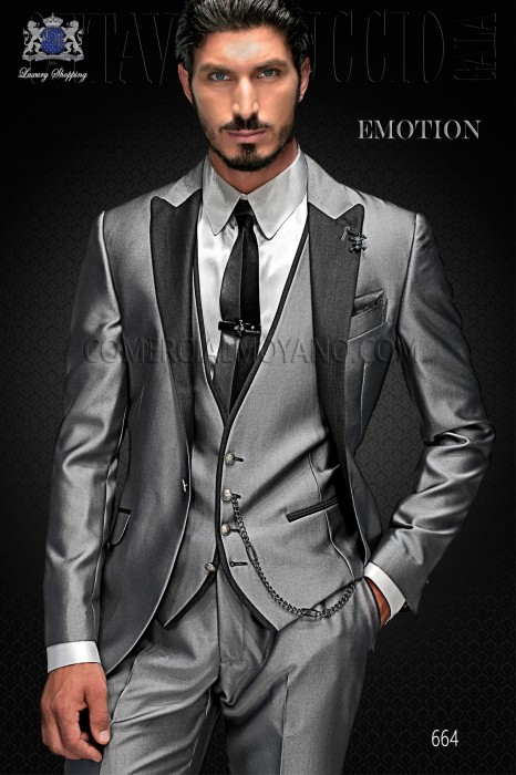 """Set Three Italian fashion pieces with modern style """"Slim"""". American model-edge flaps and 1 button."""