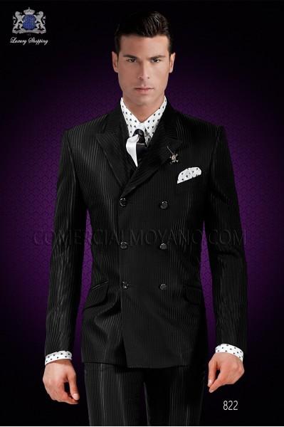 """Traje italiano de moda con moderno corte """"Slim"""". Modelo cruzado con solapa punta y 6 botones."""