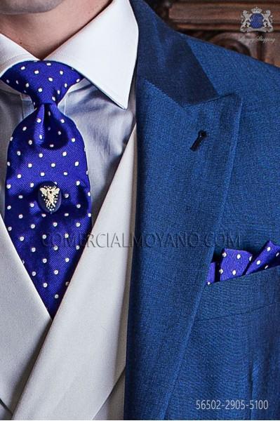 Corbata con pañuelo azul royal con topos blancos