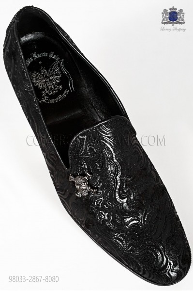 Zapato slipper damascado negro con aplique calavera niquel