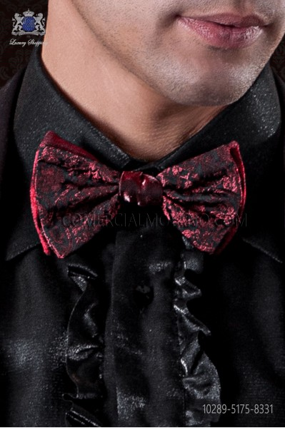Red bicolor bow tie