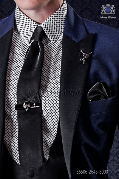 Narrow lurex black tie with matching handkerchief
