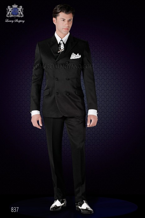 Italian fashion double breasted suit slim fit. Double breasted with peak lapel and 6 buttons.
