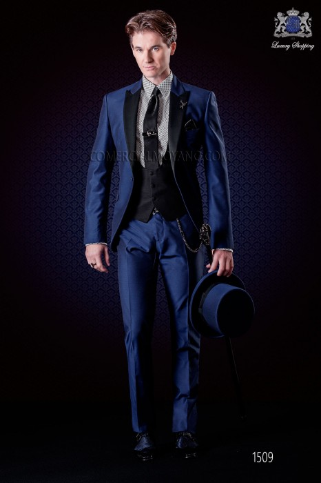 Italian electric blue groom suit slim fit. Peak lapels and 1 button. Wool mix fabric.