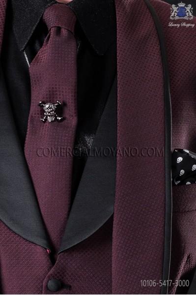 Narrow burgundy fashion tie with black micro patterns