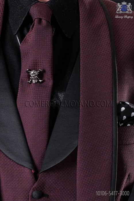 Narrow burgundy fashion tie with black micro patterns