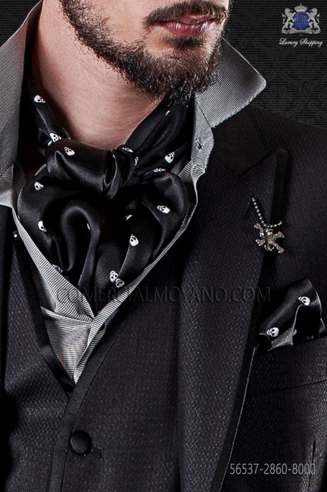 Black foulard with matching handkerchief with white printed skulls