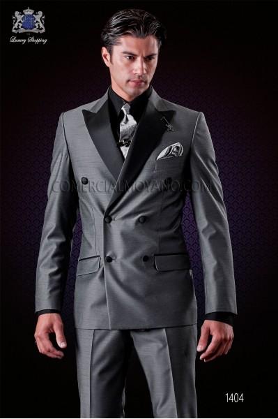 Traje italiano moderno gris antracita. Modelo cruzado solapa punta con 6 botones de raso. Tejido mixto lana.