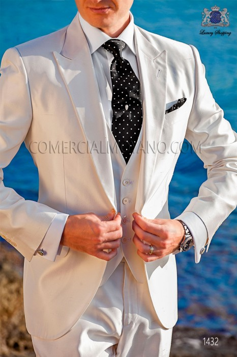 "Piece suit modern ""Slim"". American with flaps tip and 1 button. Shantung silk fabric white"