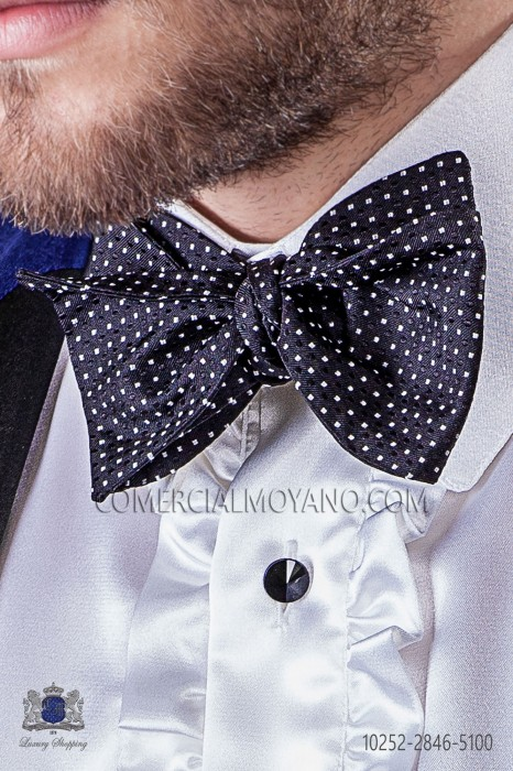 Blue and white polka dots silk bow tie