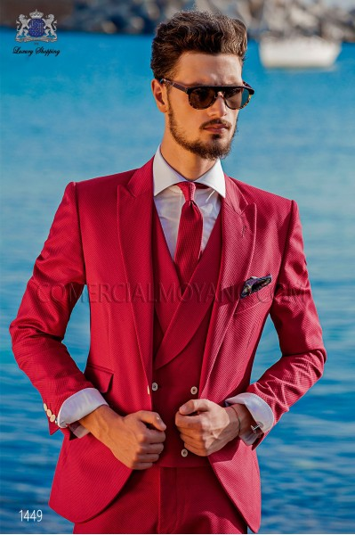 "Suit modern Italian style ""Slim"" Fuchsia 100% cotton. Model edge flaps and 1 button."
