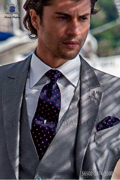 Navy blue tie and handkerchief with fuchsia polka dots