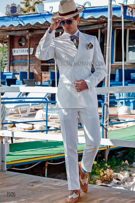 "Modern Italian style costume ""Slim"". cross pattern edge flaps with 6 buttons. white silk shantung fabric"