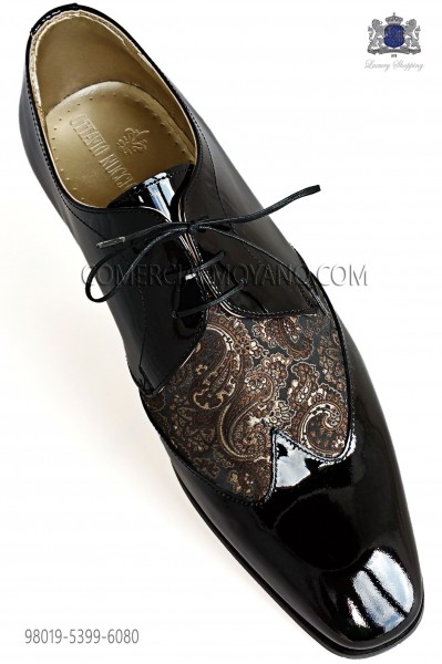 Zapatos negros cordones combinado jacquard dorado