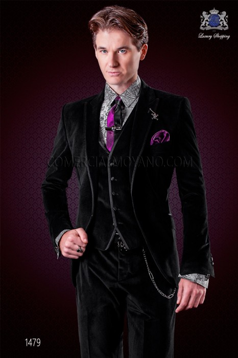 Italian black velvet suit. Peak lapels with satin trims and 1 button.