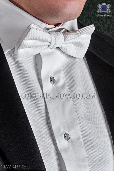 White bow tie in cotton pique fabric