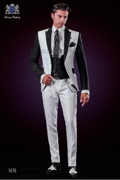 Traje de novio patchwork blanco y negro. Solapas de punta y 1 botón.