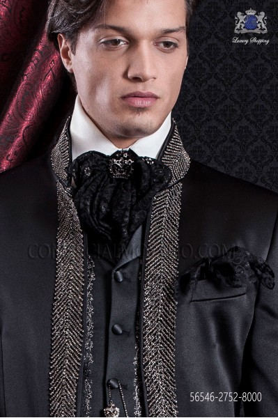 Black lace plastron and handkerchief