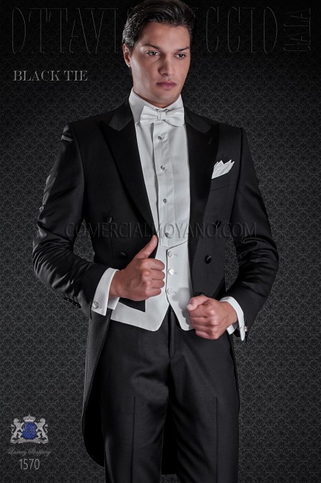 Frac groom in black color. Elegance and excellence in evening dress for men