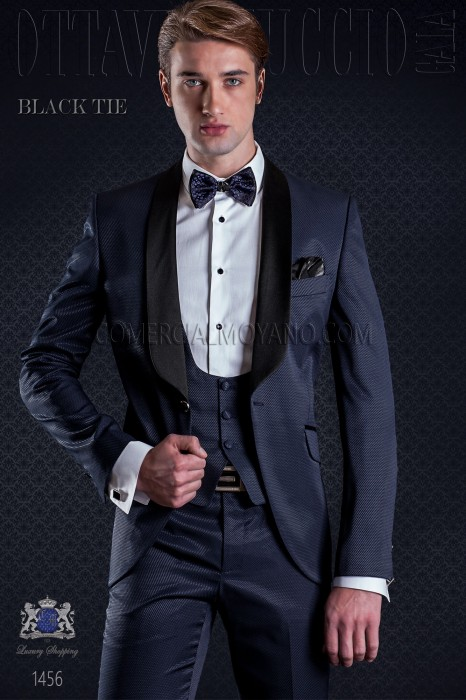 Groom tuxedo in navy. Elegance and excellence in evening dress for men