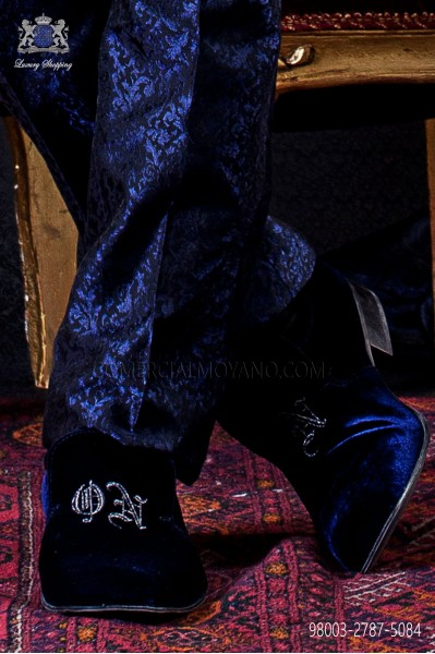 "Blue velvet slippers with logo ""ON"" embroidered"