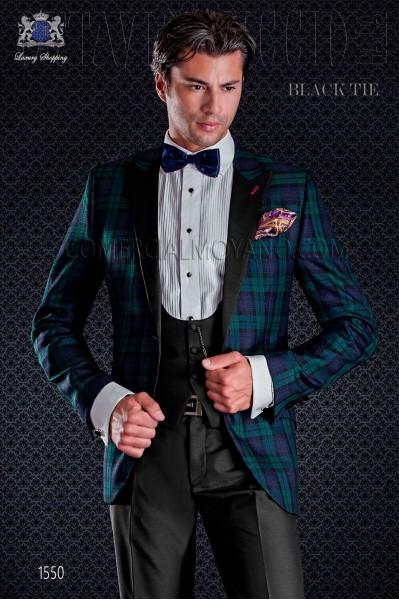 Esmoquin de novio combinado en tartán. Elegancia y excelencia en el vestir de noche para caballeros