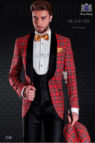 Esmoquin tartan rojo de lana con solapas de raso. Modelo solapa de chal con 1 botón. Tejido tartan Royal Stewart de lana.