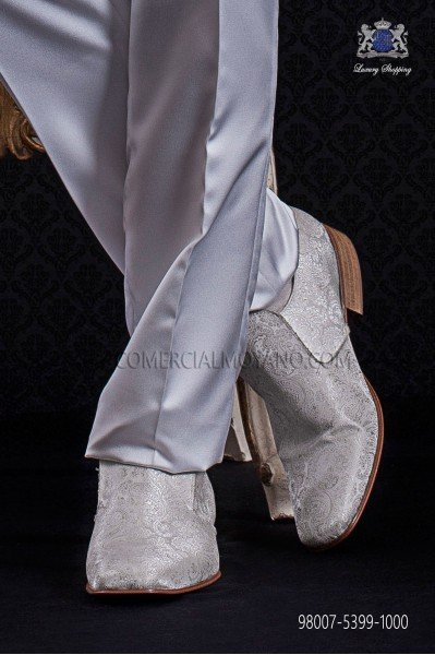 White jacquard slippers shoes