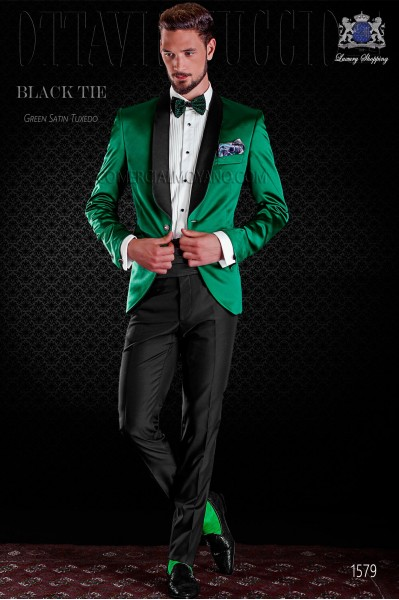 Italian green tuxedo with satin lapels. Shawl collar and 1 button. Satin fabric.