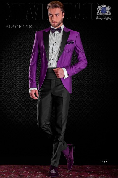 Italian purple tuxedo with satin lapels. Peak lapels and 1 button. Wool mix fabric.