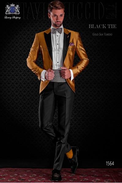 Golden shantung tuxedo with satin lapels. Peak lapels and 1 button. Shantung silk mix fabric.