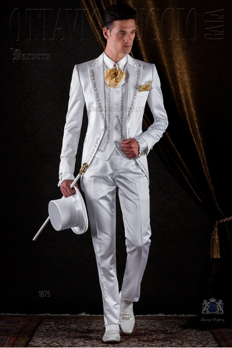 Baroque white satin frock coat golden embroidered.