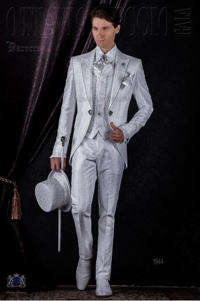 Traje de novio barroco brocado blanco con strass cristal.