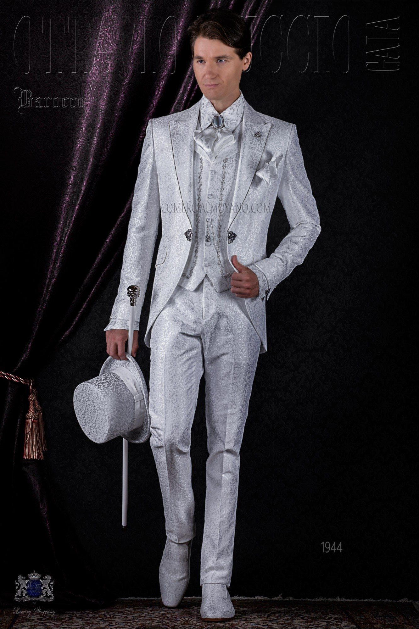 Baroque white brocade frock coat with crystal rhinestones model 1944 Ottavio Nuccio Gala
