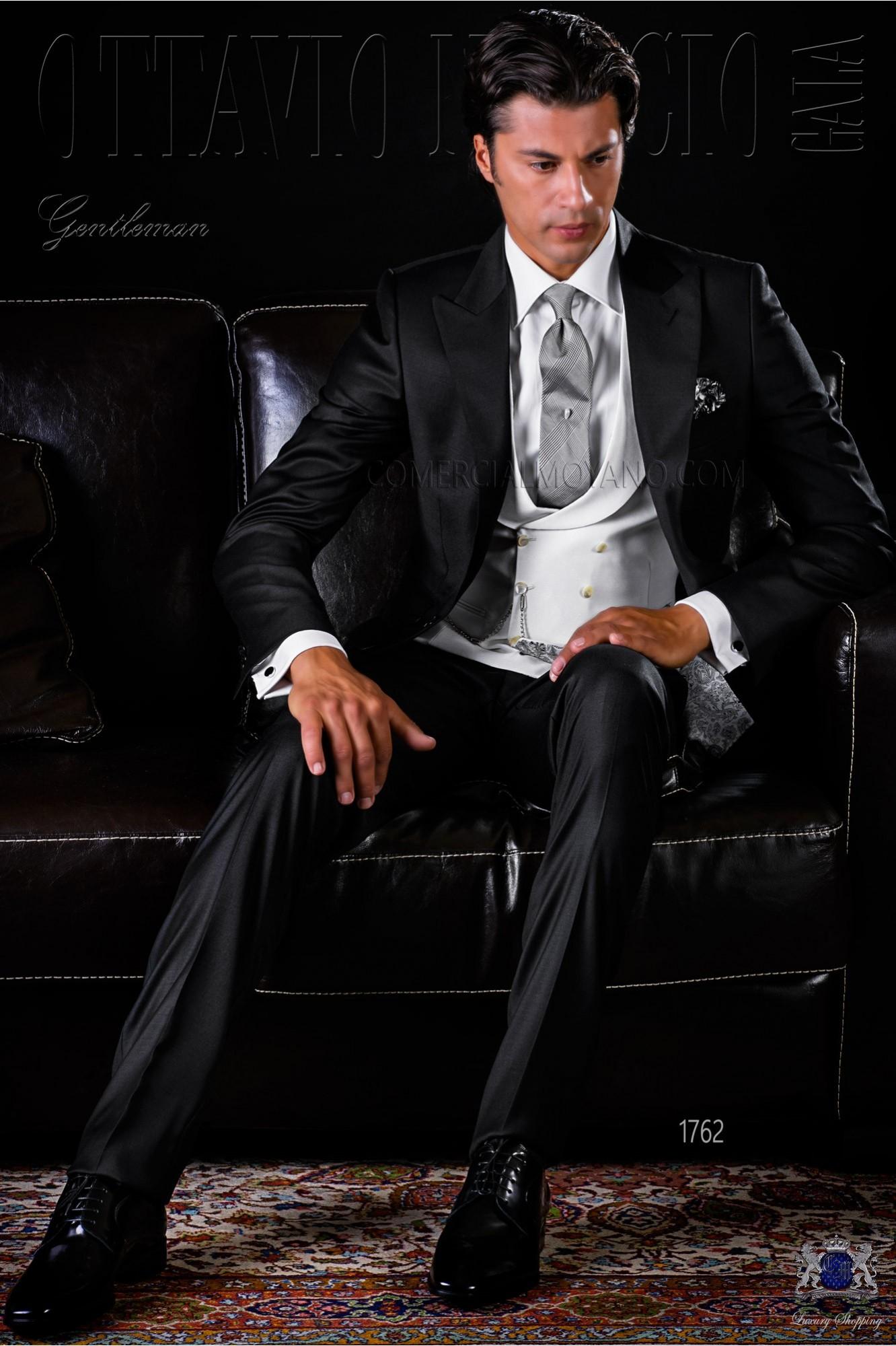 official photos 056af 26b0f Schwarze Herren Anzug aus Serge Wolle Stoff