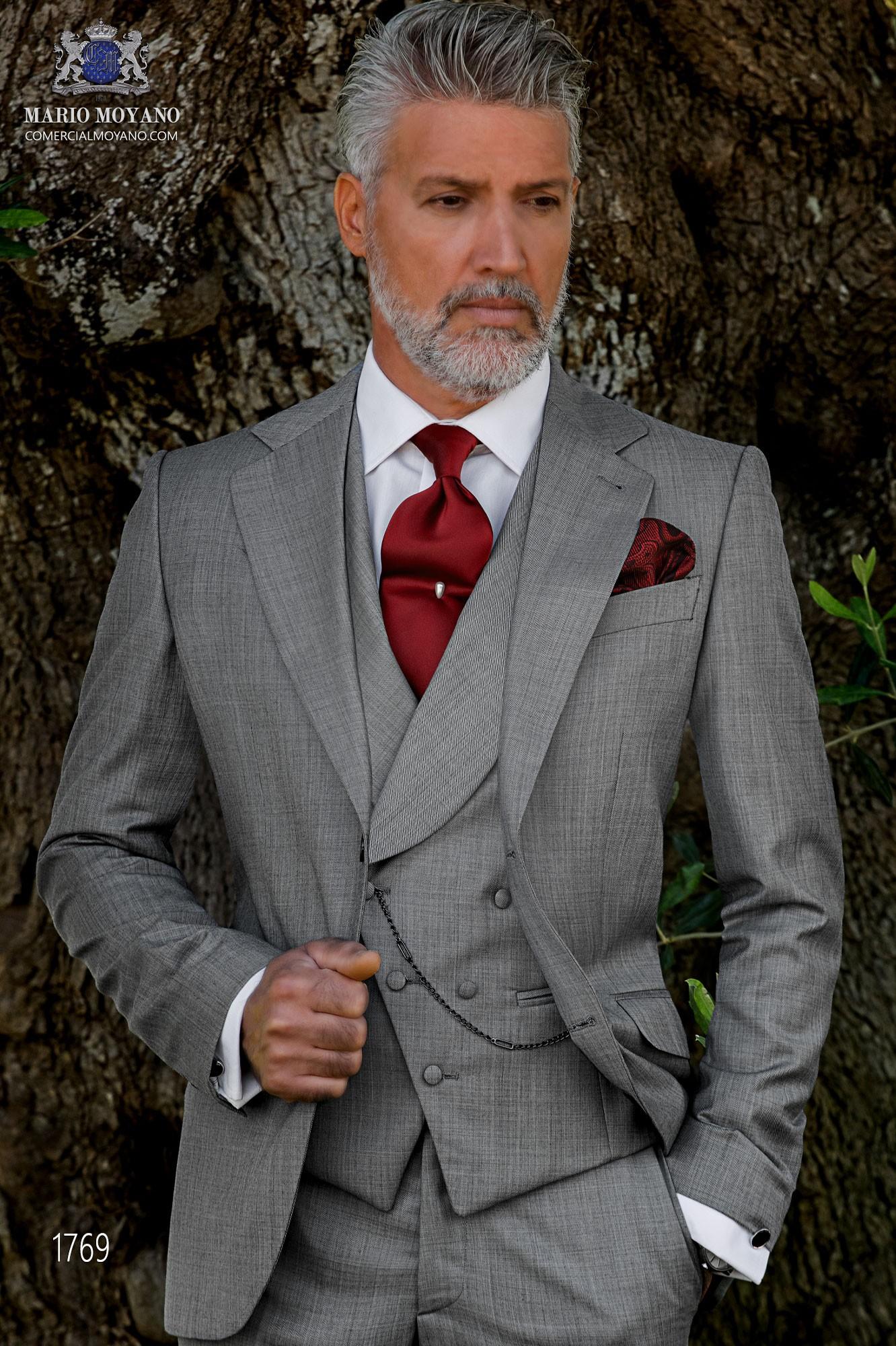 Italian bespoke suit light grey fil a fil wool mix model 1769 Ottavio Nuccio Gala
