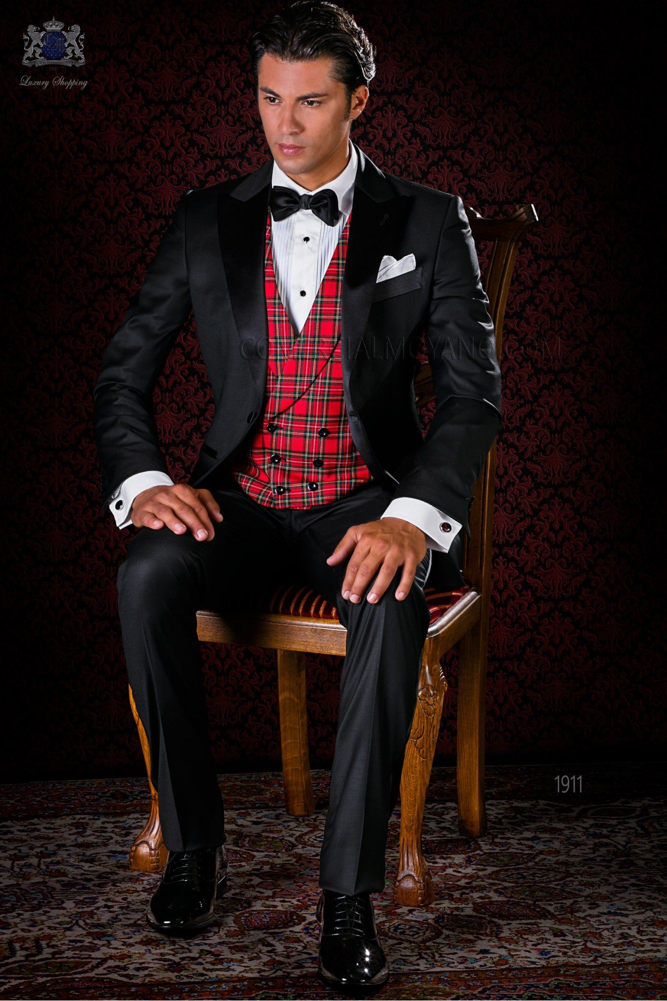 Italian bespoke black cool wool tuxedo with satin lapels model 1911 Ottavio Nuccio Gala