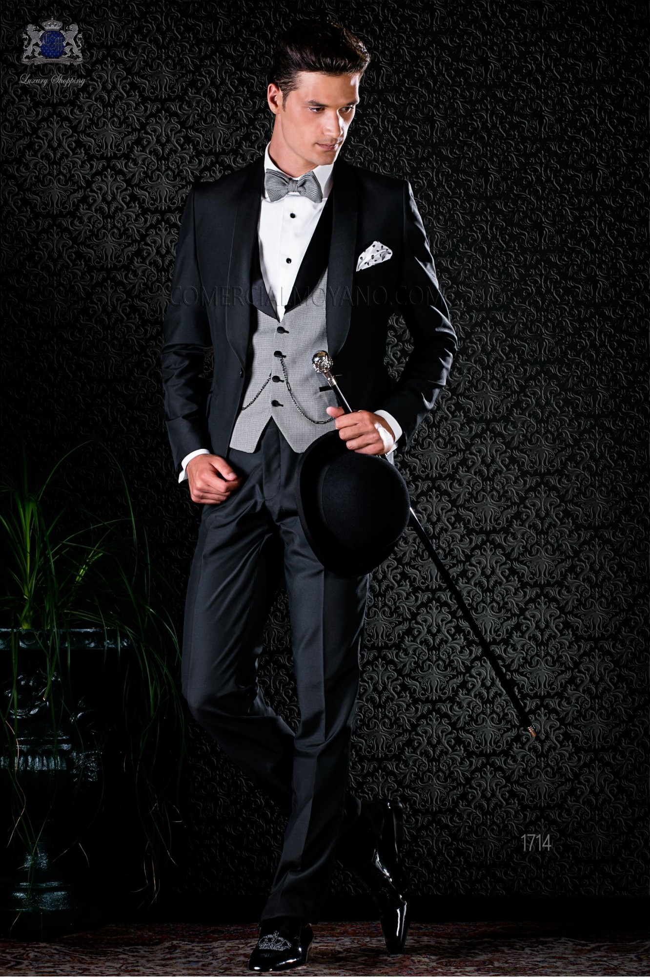Italian bespoke blue tuxedo with peak satin lapels and 1 button. Wool mix fabric model 1710 Ottavio Nuccio Gala