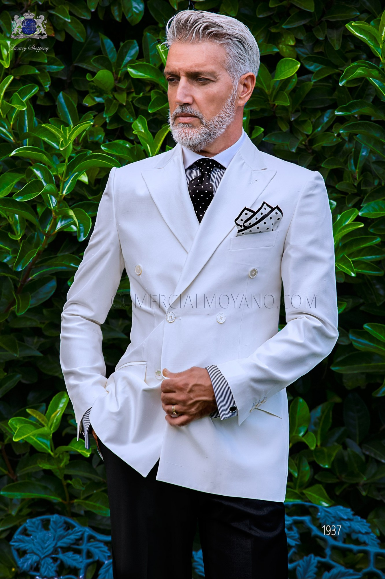 Bespoke white shantung double breasted jacket combined with a black trousers model 1937 Ottavio Nuccio Gala