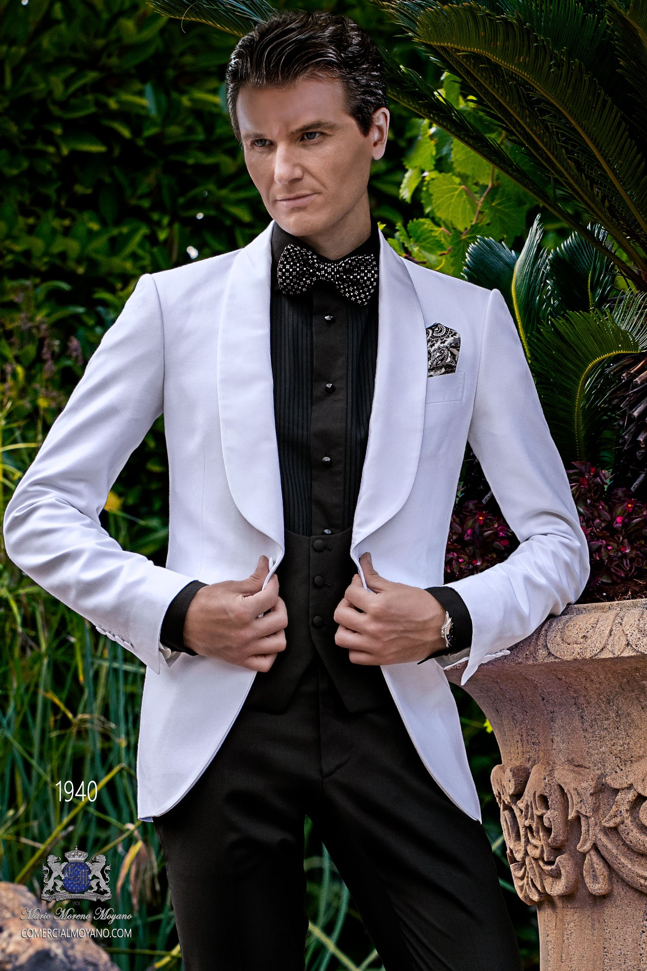 Bespoke white dinner jacket combined with a black trousers model 1940 Ottavio Nuccio Gala