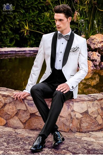 Esmoquin a medida blanco de shantung con pantalón negro