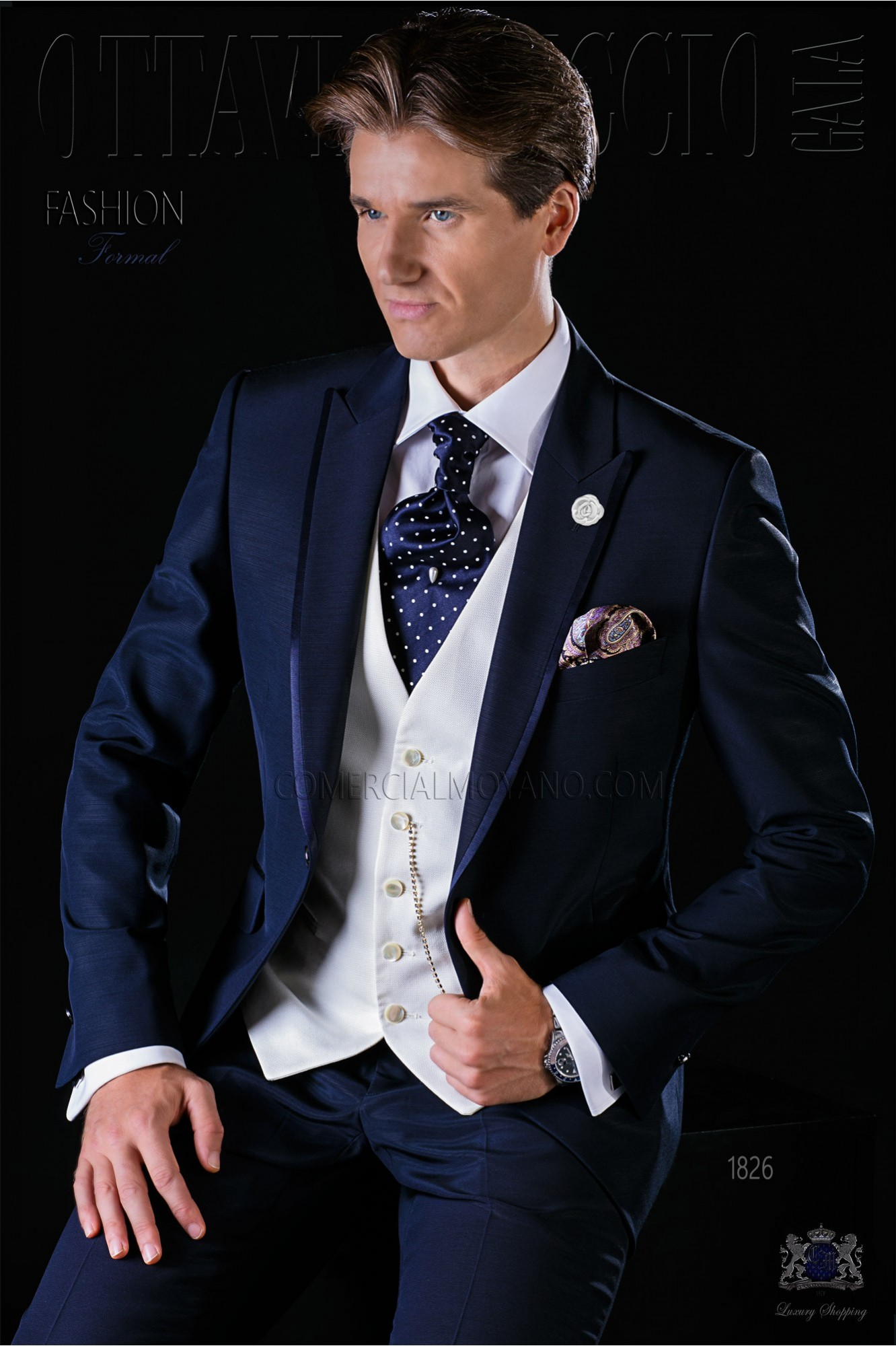 Traje de novio slim azul con vivos de raso modelo: 1826 Ottavio Nuccio Gala colección Fashion