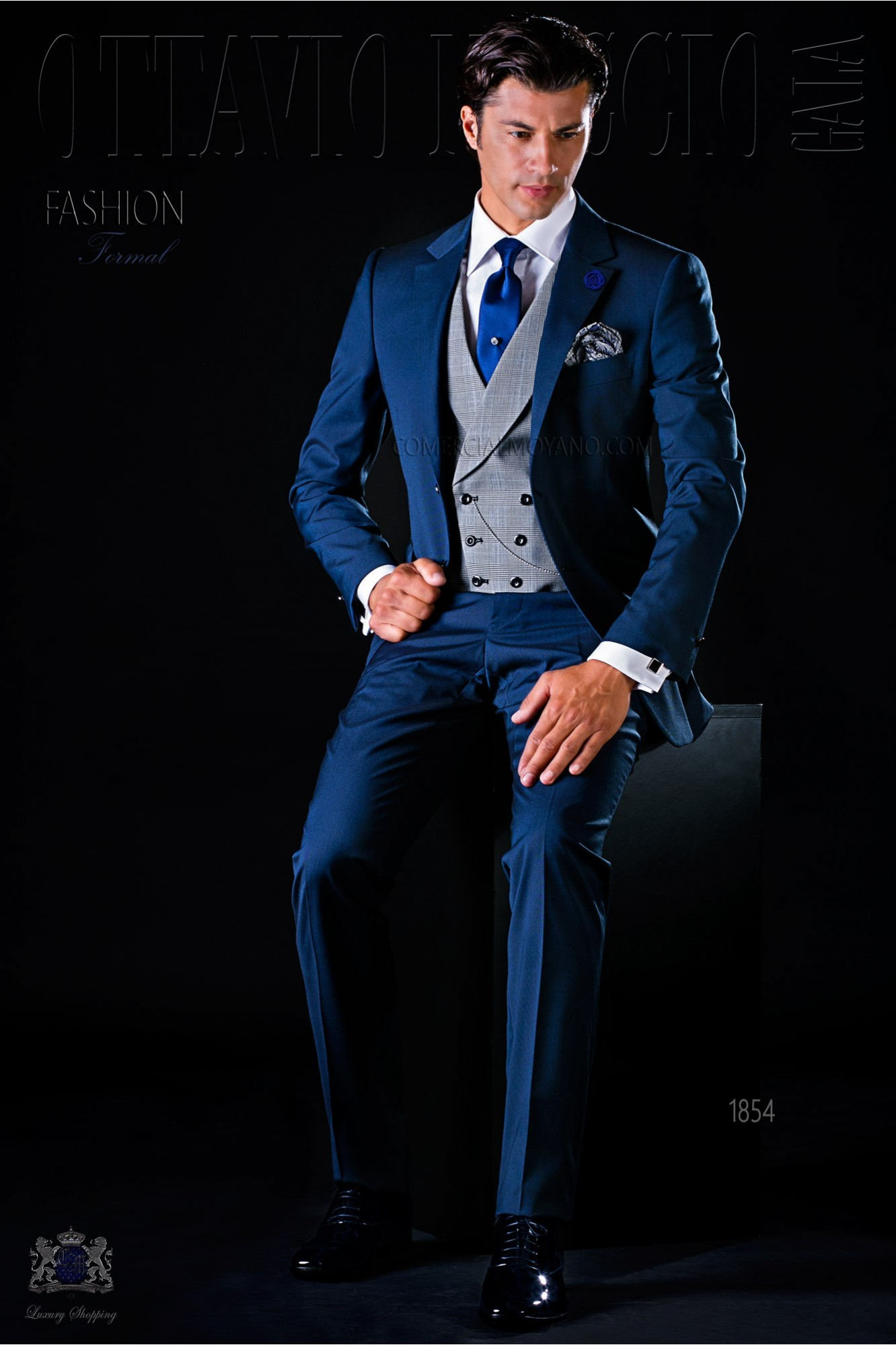 Traje de novio moderno azul con 2 botones modelo: 1854 Ottavio Nuccio Gala colección Fashion