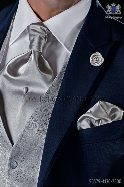 Silver satin tie with matching pocket square