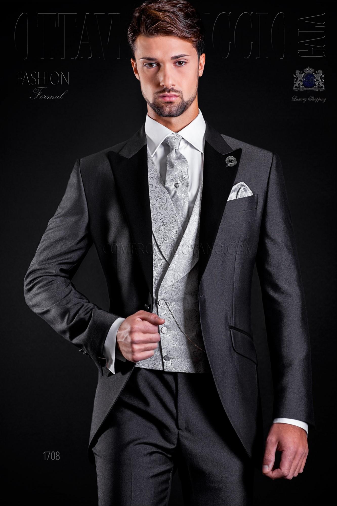 Traje de novio gris antracita con solapa raso negro