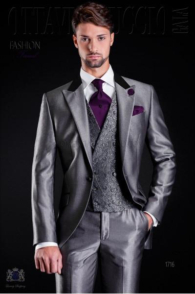 Costume de mariage gris avec col de satin noir