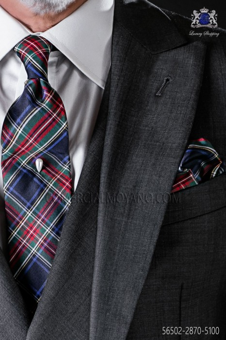Tartan plaid tie and handkerchief in pure silk