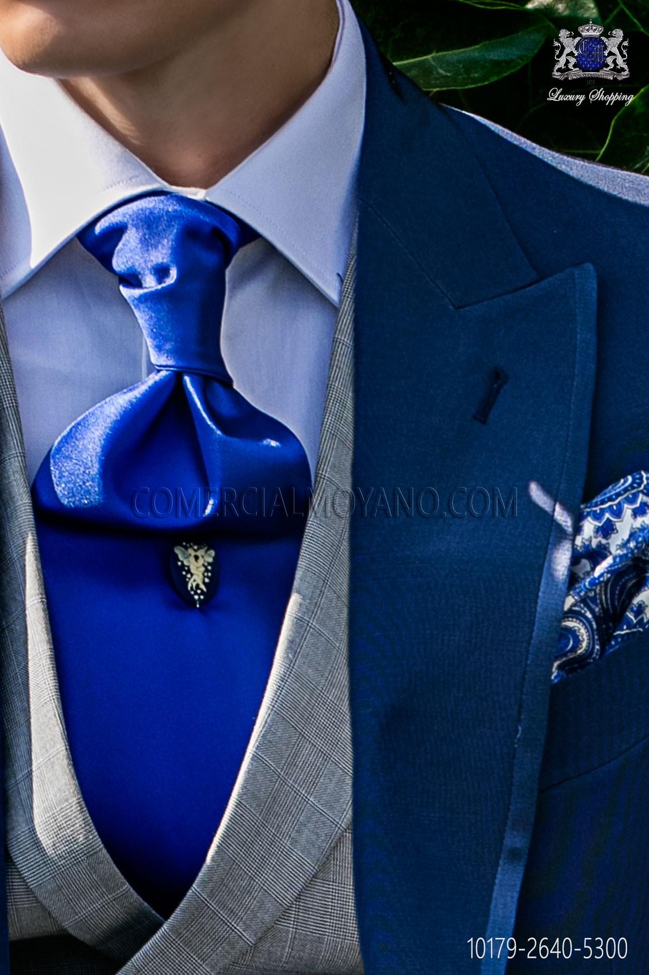 640a4bf5126b ... White Polka Dots Loading Zoom. Royal Blue Ascot Tie Ottavio Nuccio Gala